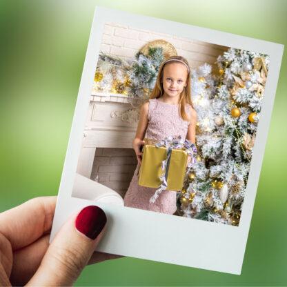 Printuri magnetice tip polaroid personalizate cu fotografia si mesajul tău.